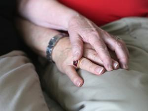 hands-grief
